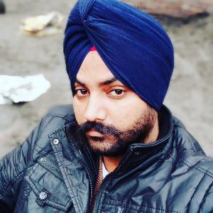 Varinder Kalsi - Amritsar - Builder