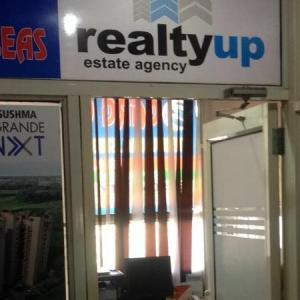 Realty Up - Chandigarh - Property Dealer